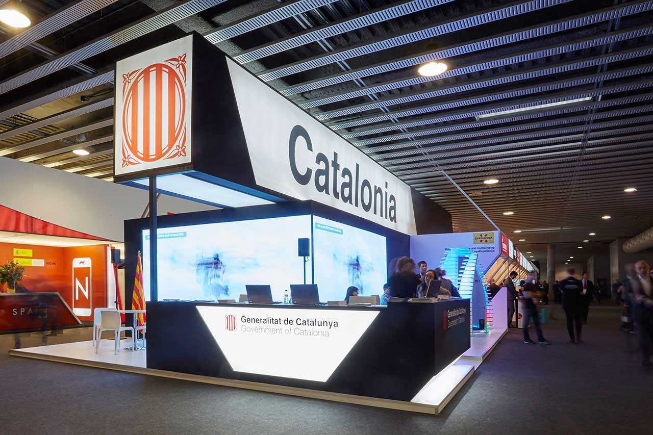 Design and construction of the CATALONIA stand in MWC 2017.