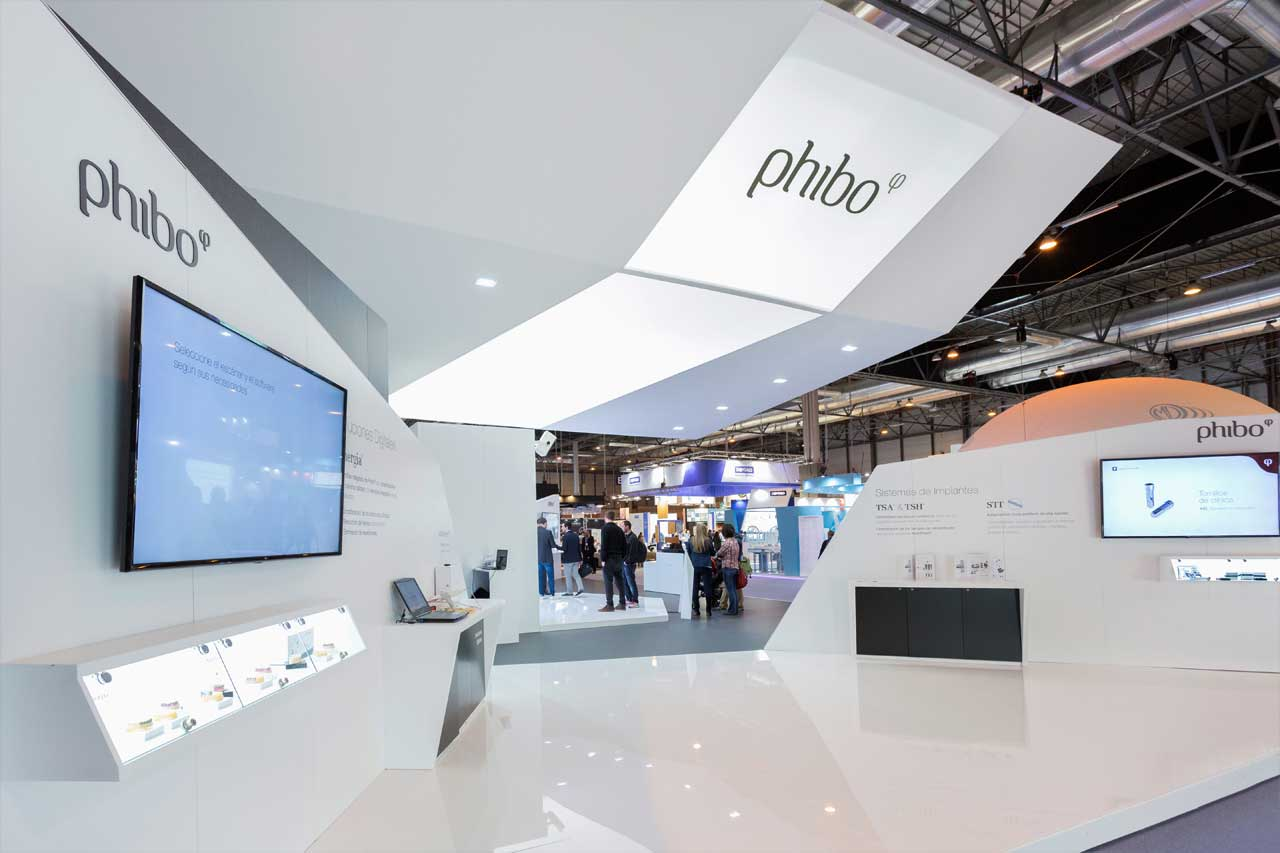 Design and construction of the Phibo stand for EXPODENTAL 2018 with an impressive solution for the roof.