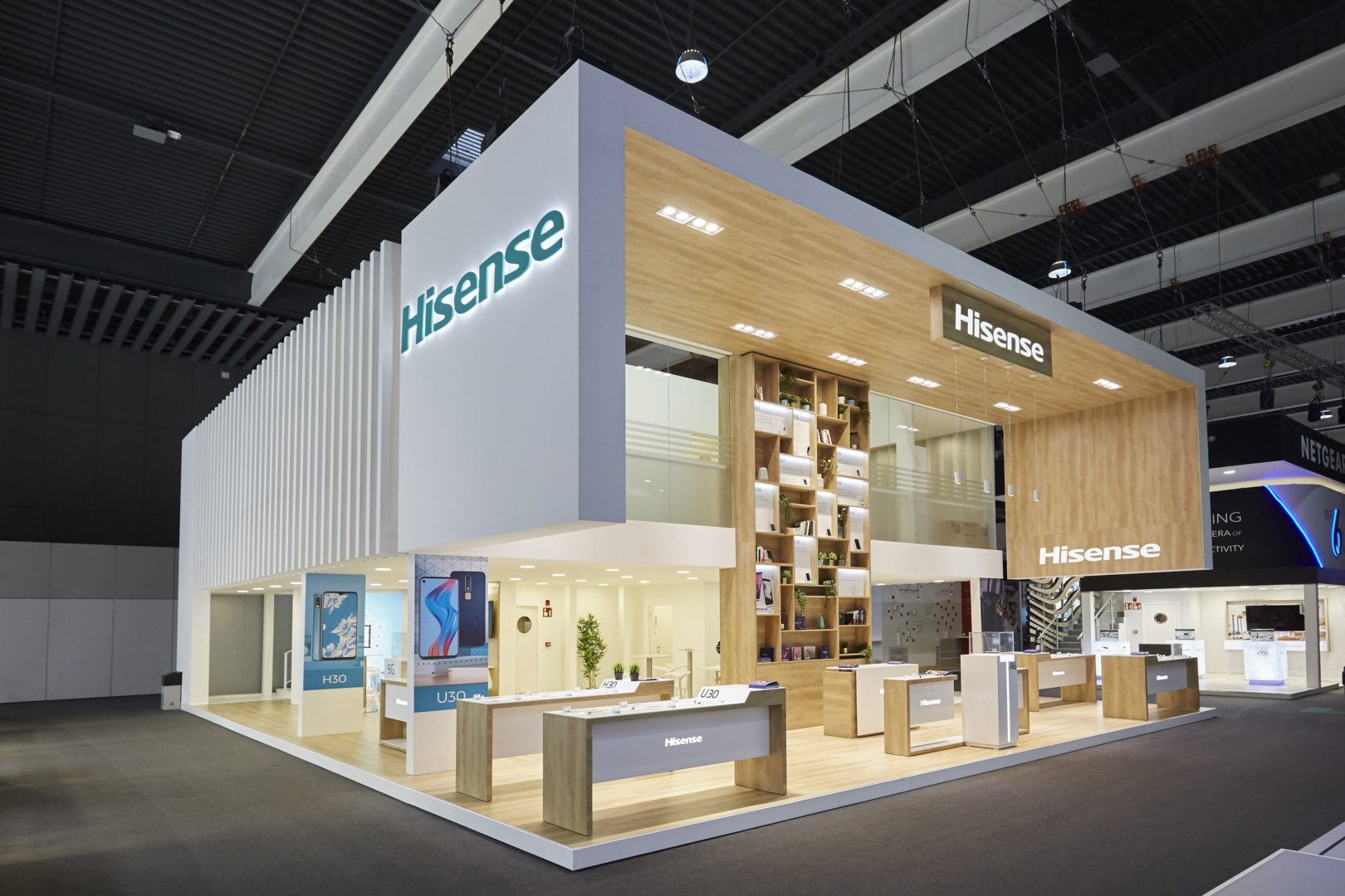 Design and construction of the Hisense stand.
