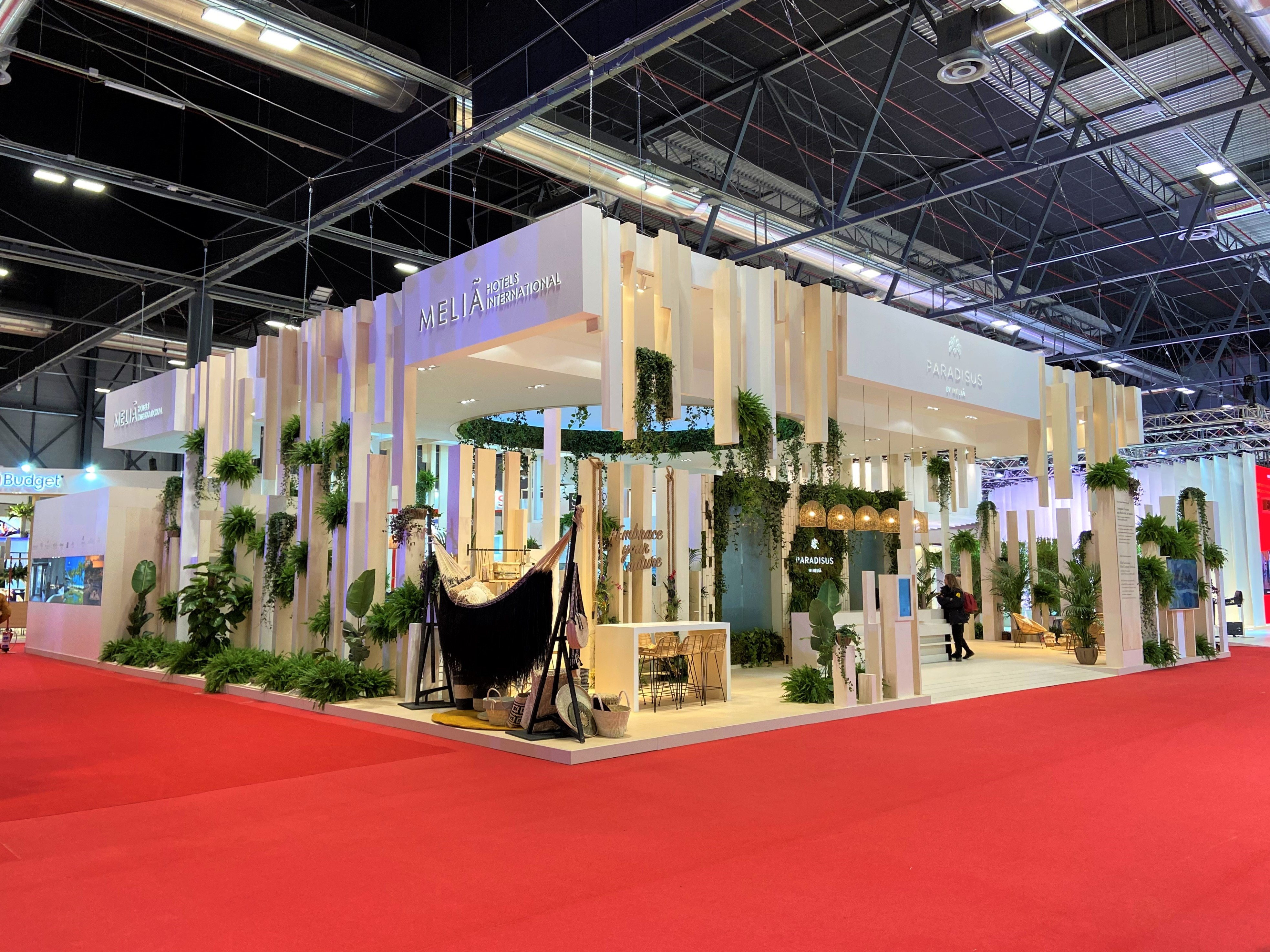 Design and construction of the PARADISUS by Meliá stand in Fitur 2020, awarded as the BEST stand in this event.